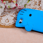 hello-kitty-iphone-5-allblue-2